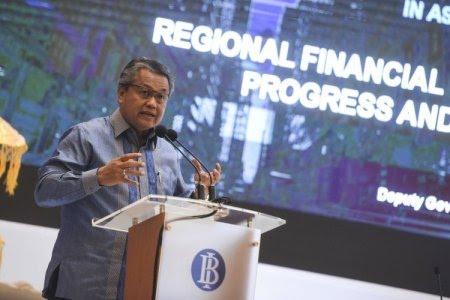 Gubernur BI: Rupiah Anjlok akibat Ekonomi Riba